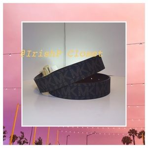 Michael Kors Womens Signature Reversible Belt